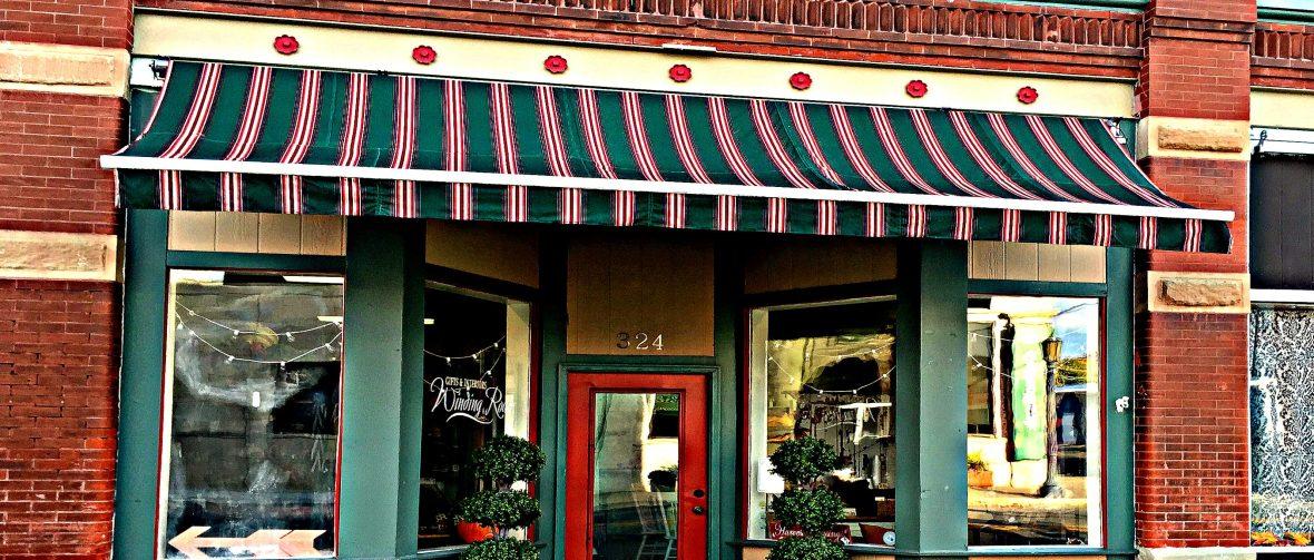 Winding Road Storefront - California, MO
